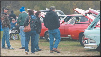 Dundee Fall Color Car  and Craft Show