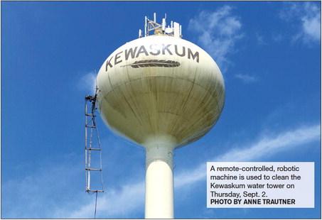 Cleaning The Kewaskum Water Tower